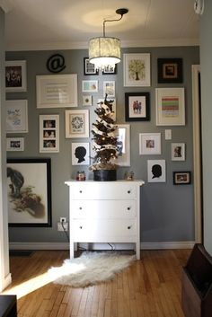 gallery wall and paint color