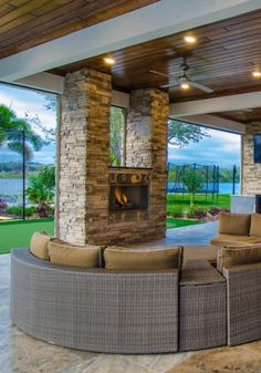 Fantastic portico and furniture for outdoor entertaining. ~