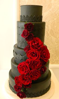 @Kathleen S DeCosmo ♡❤ ❥ Black Magic Roses Cake idea, chocol cake, beauti cake, black red, red roses, black roses cake, rose cake, chocolate cakes, purple roses