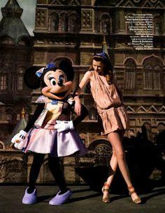 ohhh my girl Minnie working the runway.