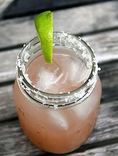 Refreshing pink grapefruit margarita