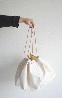 Mato Creative Canvas Bag - ANAISE