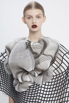 waaaat? | Noa Raviv combines grid patterns and 3D printing for Hard Copy fashion collection | Design