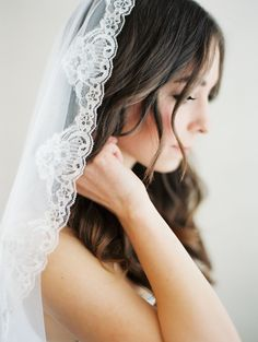 hair down, lace, wedding photography, wedding veils, wedding ideas, ana rosa, the bride, rustic weddings, big day
