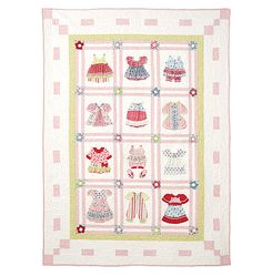 quilt for baby girl Mccalls 6412