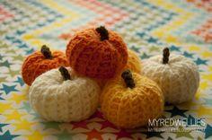 My Red Wellies: Little Crochet Pumpkins.