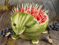 A hedgehog watermelon for the kids