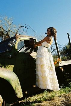 beautiful country wedding dress. ktjean. enchanted-sparkles