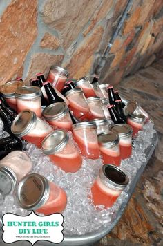 Premixed drinks in mason jars - just shake ans pour over ice. Backyard wedding and events