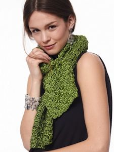 Easy Bias Scarf- free crochet scarf pattern for spring