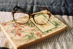 small moments, book worth, glasses, read glass, read books, jane austen, reading books, sens, thing