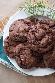 Dark Chocolate Rosemary Cookies - GF | Vegan Cookies | Pinterest