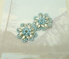 Vintage 1950's Coro Blue Flower Rhinestone Clip by VisionsOfOlde, $18.00