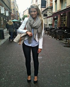 Fall: dark jeans, wedges, blazer, buttondown, big scarf