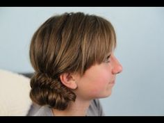 Side Fishtail Bun | Updo Hairstyles  This one is CRAZY easy and looks so great! #FishtailBun