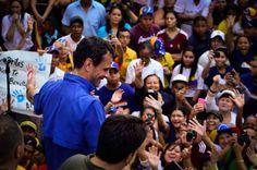 Henrique Capriles en El Tigre. Hay un camino
