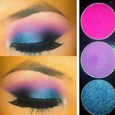 blue and pink smokey eyes