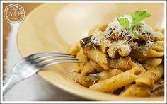 Cucina Regionale Toscana: Penne strascicate al ragù di melanzane