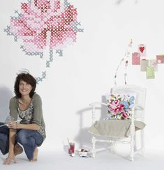 Innovative Decorating Idea: Eline Pellinkhof's Wall Embroidery [Video]