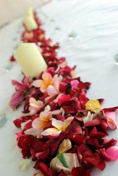 Tropical Wedding Centerpieces | Tropical Wedding Centerpiece Ideas [Slideshow]