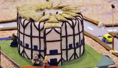 @shakespeareapp Shakespeare at Play   It's The Globe! #cakespeare #Shakespeare shakespear parti, book stuff, amaz cake, eat cake