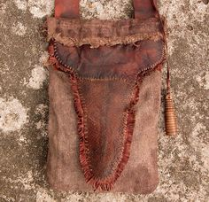 Ken Scott Beaver Tail Hunting Pouch - FRONT