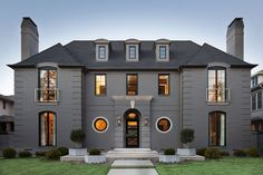 """D Home 