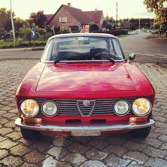 #alfa #alfaromeo #romeo #alfasociety #awesome #gt #junior #1300 #1300gt #1300gtjunior #gtv #gta #gtam #grandturismo #2000gtv #lusso #bertone #coupe #cool #car #oldskool #oldtimer #view #retro #vintage #red #race #face #rally » @wmpictures » Instagram Profile » Followgram
