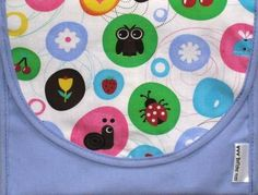 Reusable sandwich bag comes in many different designs and smaller snack size too.