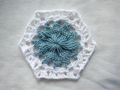 Sunburst Hexagon Crochet Motif http://speckless.wordpress.com/2013/08/09/sunburst-hexagon-crochet-motif/