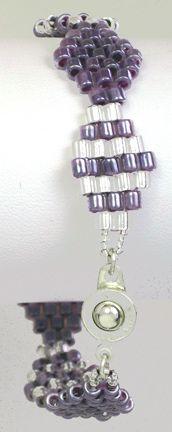 Diamonds Bracelet  a beadwork project for beginners