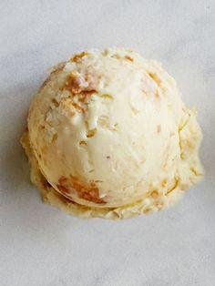 Coconut Macaron Ice Cream
