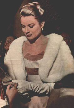 Grace Kelly in fur cape