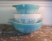 Turquoise Butterprint Pyrex Bowls Cinderella Amish Bowls Aqua Mixing Bowls - i could so collect this stuff!