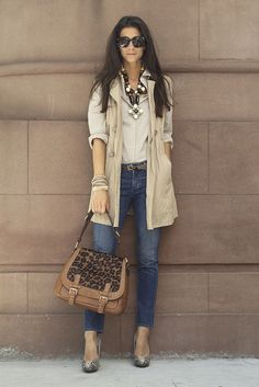 perfect look- love the purse
