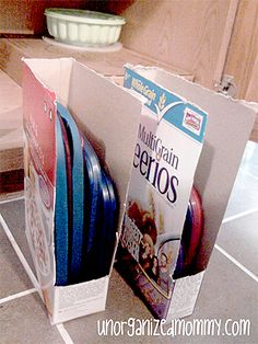 Frugal way to store your plastic lids! Another one of my biggest organizing pet peeves SOLVED…CHEAPLY!