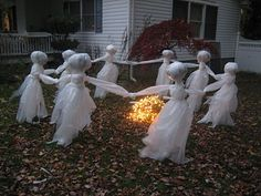 DIY Tutorial for making these easy  dancing Lawn Ghosts (add wings to make fairies)  for Halloween!!  Boo!!