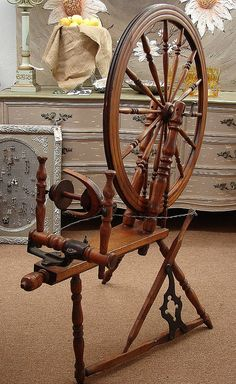 19-20th C. Canadian Production Wheel with cast iron fittings