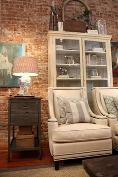 furniture arrangement, living rooms, modern chairs, expos brick, front rooms, colors, bricks, exposed brick, cottage style