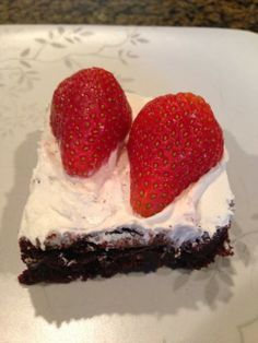 Recipe: Easy Blueberry-Kale Brownies ~ Trendy Mom Reviews #Recipes #Kale #Brownies