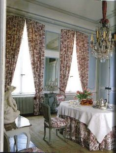 arched curtains