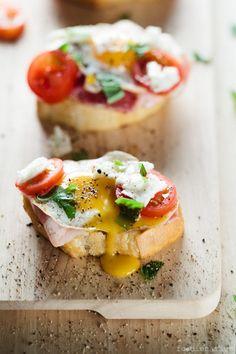 Quail Eggs Crostini With Bacon