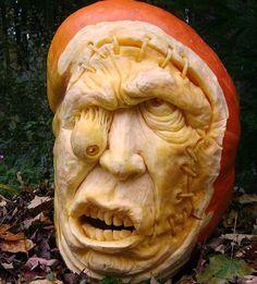 35 Amazing Pumpkin Carvings