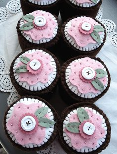 lovely embroidered and beaded felt cupcakes by #Norththreads