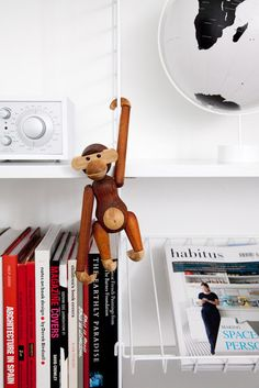 rosendahl monkey. just hanging out.