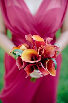 Colorful Calla Lily Bouquet -- See More on #SMP here: http://www.StyleMePretty.com/tri-state-weddings/2014/04/11/colorful-botanic-garden-wedding/ Photography: AngelaNewtonRoy.com -- Floral Design: ClarksHouseOfFlowerssi.com