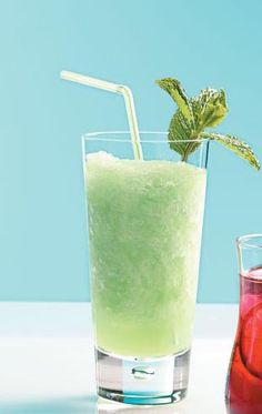 is there anything better than a cold mojito on a warm day? maybe an even colder mojito slush!!!