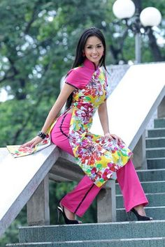 Áo dài cách điệu - CT636 / Short hand dress with pink color and full of flowers details :) / http://aodaihoanguyen.com/ao-dai/ao-dai-cach-dieu/chi-tiet/3734-ao-dai-cach-dieu-ct636#.UGIDkqMjGqk
