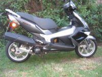 Gumtree: Kawasaki - PGO G-Max 125cc Scooter