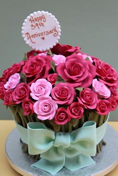 Rose Bouquet by Alliance Bakery, via Flickr